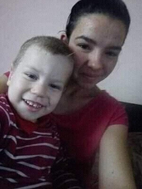СНИМКИ Почерпен джигит с BMW показа на живо във Фейсбук как помля и уби дете, бременна и баба