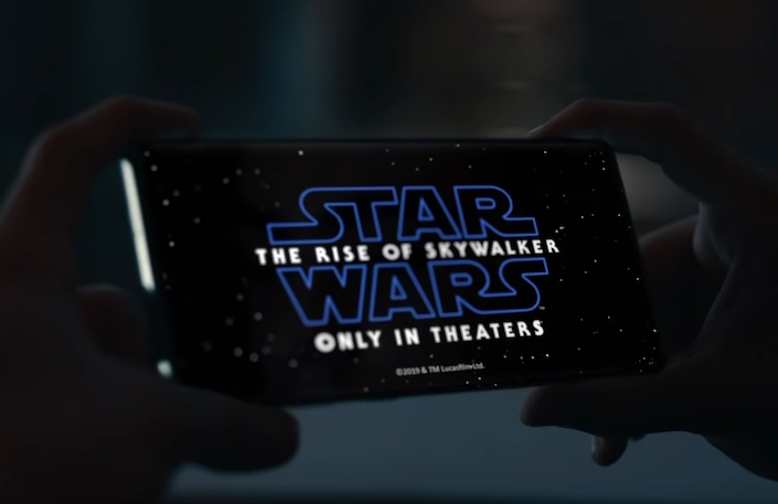 Samsung Joins Forces with Star WarsT for Holiday Collaboration Film 2