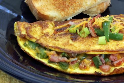 Омлет Денвър - вкусна закуска
