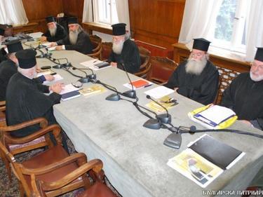 Светият Синод се събира да обсъди мерките срещу COVID-19