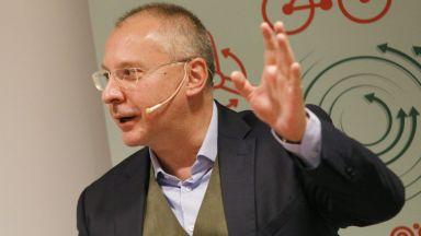 Станишев: Призоваваме Еврогрупата да приеме дългосрочен план за възстановяване на икономиката