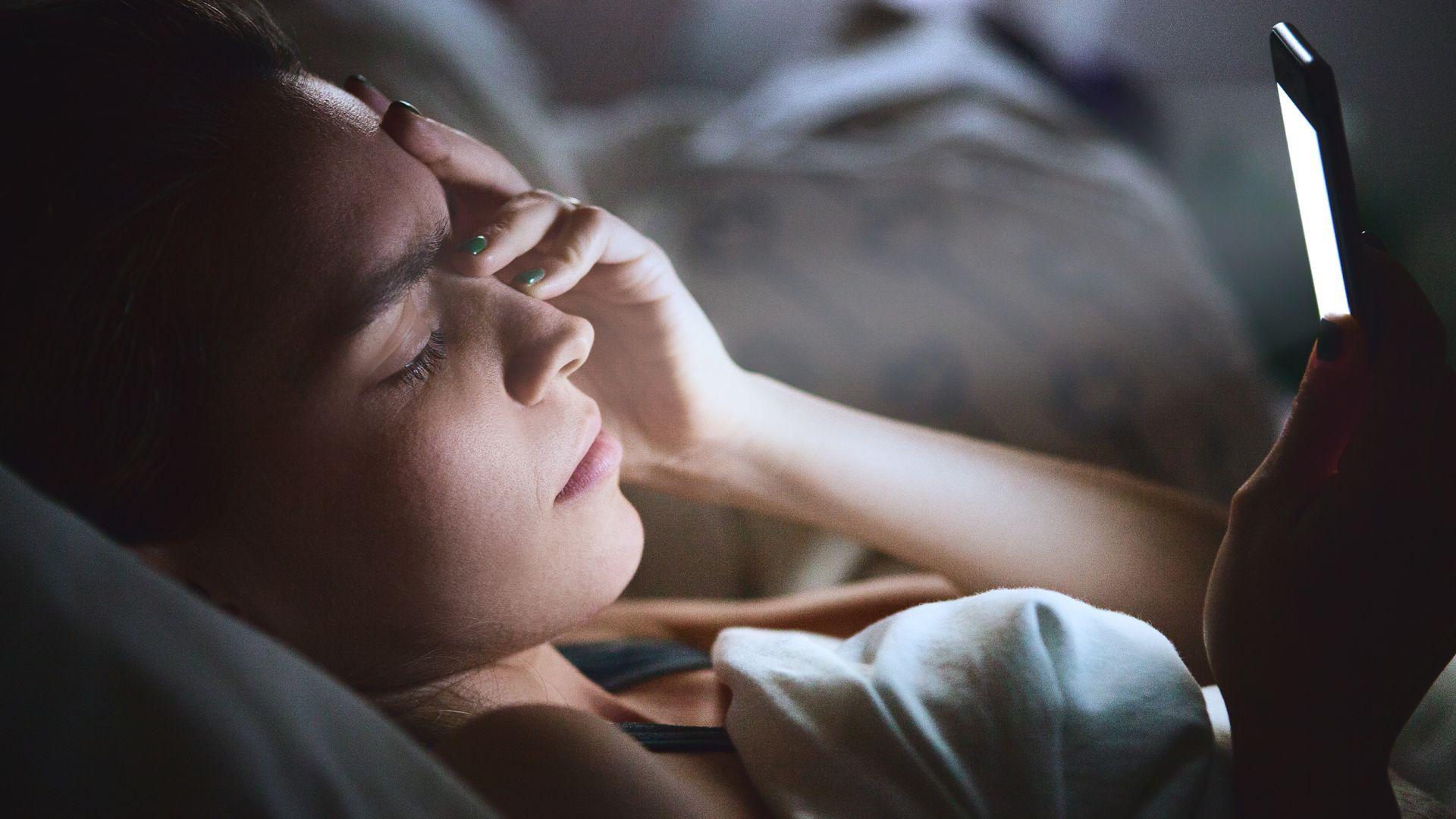 Един от ефектите на синята светлина е и безсънието