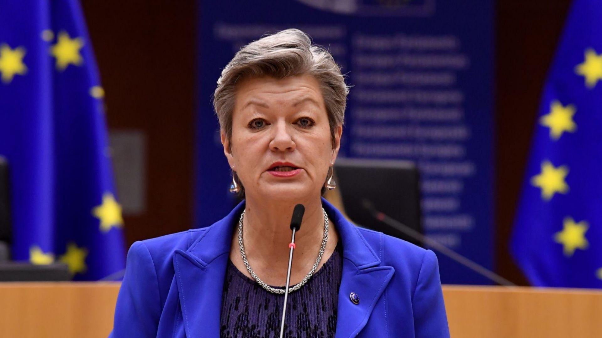 56-годишната Илва Йохансон е бивш министър на труда и образованието в Швеция