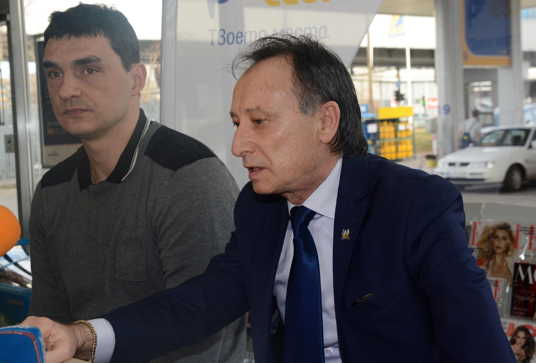Павел Александров сключил неизгодни договори за 500 000 лв.