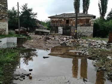 56 са заявили, че искат помощ от държавата след наводненията