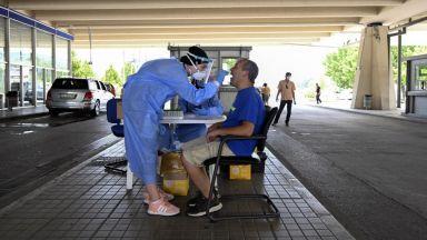 През лятото Гърция ще приема туристи с ваксинация или с PCR тест