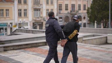 Бургаската рапзвезда Гарджока остава за постоянно в ареста