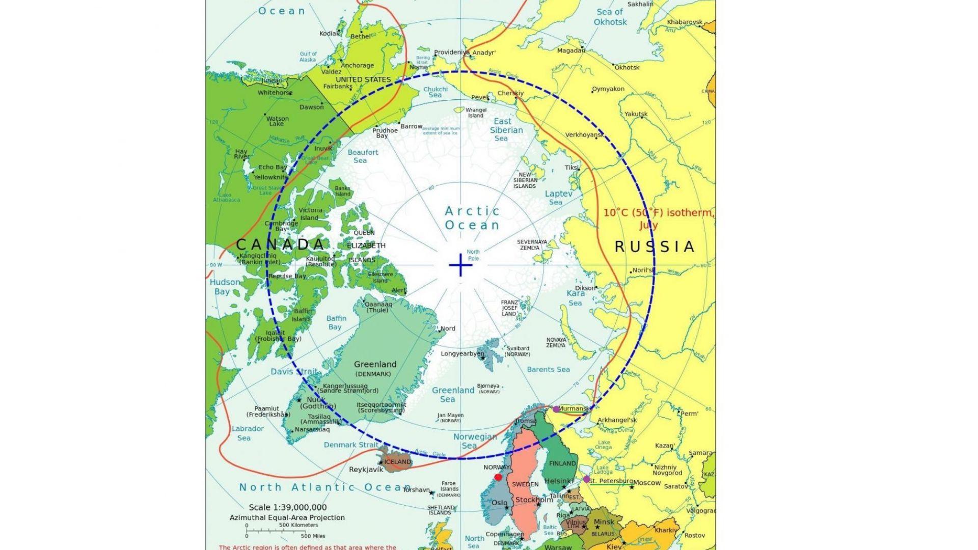 Карта, показваща базата Ерлан в червено, както и Мурманск и Санкт Петербург в лилаво