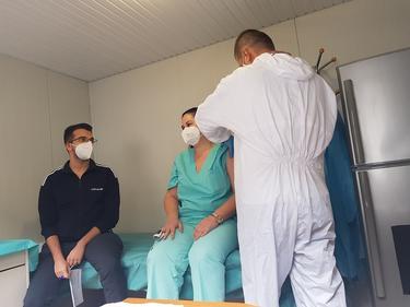 """""""Александровска"""" възбоновява COVID-имунизациите за записалите се в е-регистъра"""