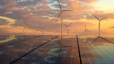 Слънцето и вятърът водят най-бързия енергиен преход, който светът някога е виждал