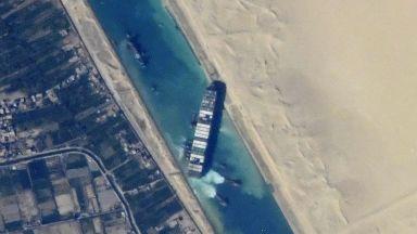 Мьолер-Мерск: Блокирането на Суецкия канал ще ускори изменението на глобалните мрежи за доставки