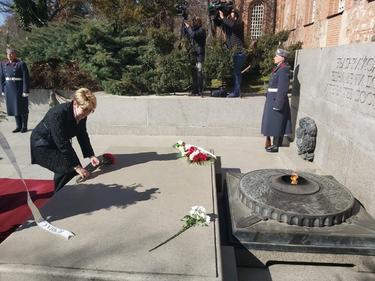Посланикът на Русия: 3 март е наше общо наследство, общ празник, обща победа