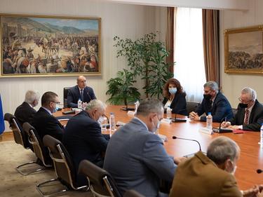 Радев: Скопие да зачита правата на гражданите с българска идентичност