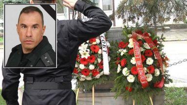 Майката на Емил Шарков: Искам да бъдат осъдени и съпричинителите на смъртта му