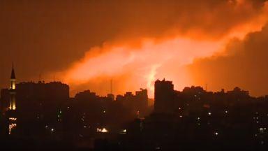 Израелската армия бомбардира ивицата Газа (видео)