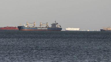 422 кораба на опашка за преминаване на Суецкия канал
