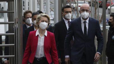 Фон дер Лайен и Мишел при Ердоган: ЕС ще продължи да дава пари за мигрантите