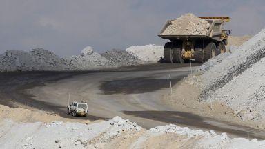 Азия бойкотира призива на МАЕ за спиране на инвестициите в петрол, газ и въглища