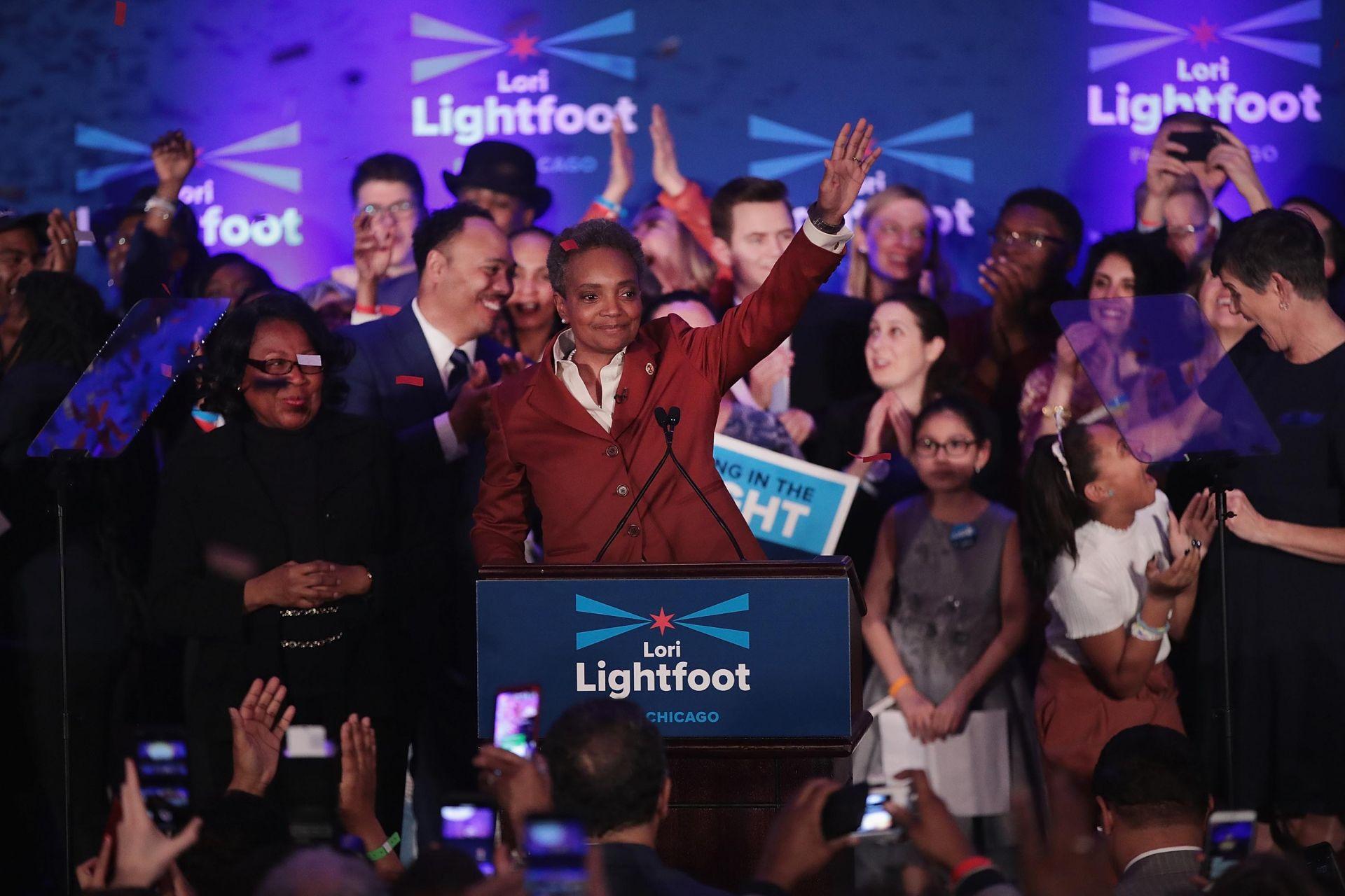 Лори Лайтфут обявява победата си на изборите за кмет на Чикаго