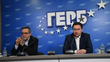 Митов: Служебното правителство се превръща в предизборен щаб на президента Радев (видео)