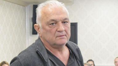 Сашо Диков призова с писмо Румен Радев