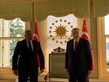 Изнененадващо: Борисов на среща при Ердоган в Истанбул (ВИДЕО)