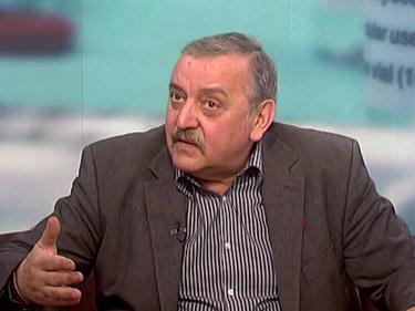 Кантарджиев коментира представения от здравните власти план за управление на пандемията