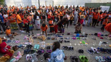 В Канада откриха масов гроб с телата на 215 деца в интернат за индианци (снимки)