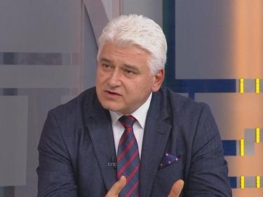 Проф. Пламен Киров: Президентът е в неизгодна ситуация, затова се обърна към партиите