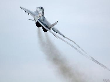 До дни изпращат черната кутия от разбилия се МиГ-29 в Русия