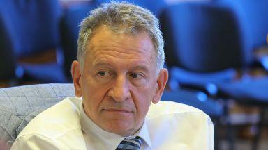 Стойчо Кацаров: Новата пандемична вълна ни изненада, но нови мерки не се налагат