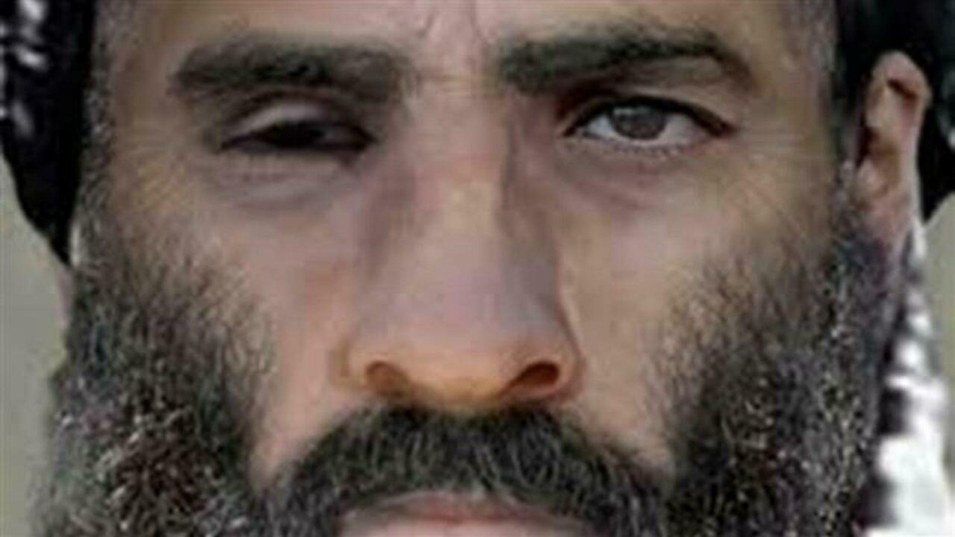Мохамед Омар губи окото си в битка със съветската армия