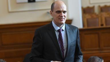 Номинираният за финансов министър разкри къде и какво е работил, провокиран от
