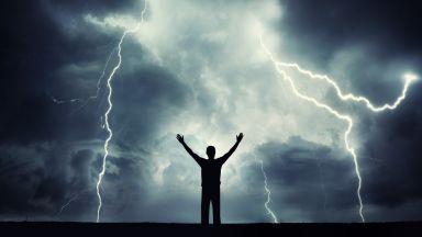 Как да се предпазим от мълния: 10 неща, които трябва да знаем