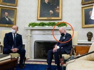Сънчо! Джо Байдън заспа по време на среща в Белия дом (ВИДЕО)