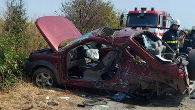 Челен удар отне живота на две жени край Долни Дъбник, има и ранени