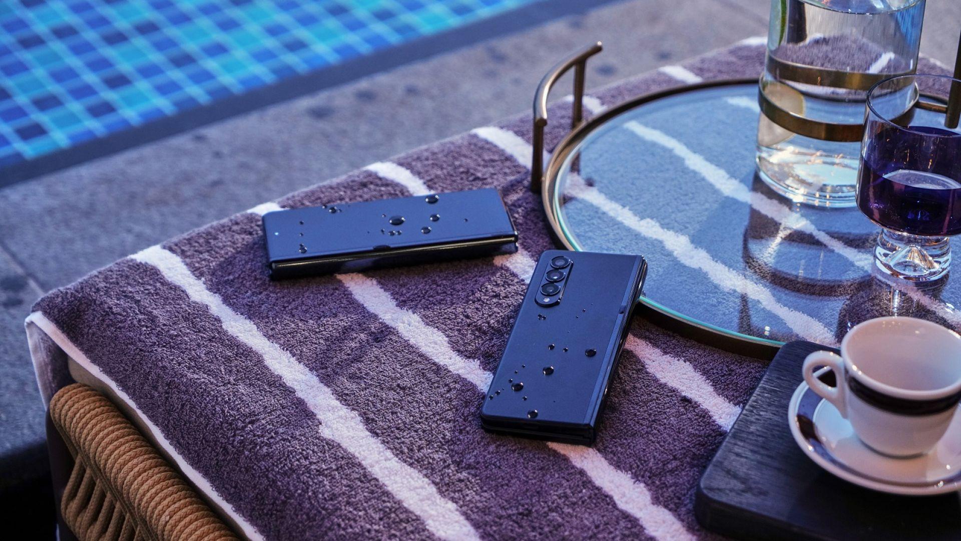 Galaxy Z Fold3 5G и Z Flip3 5G са първите водоустойчиви сгъваеми смартфони