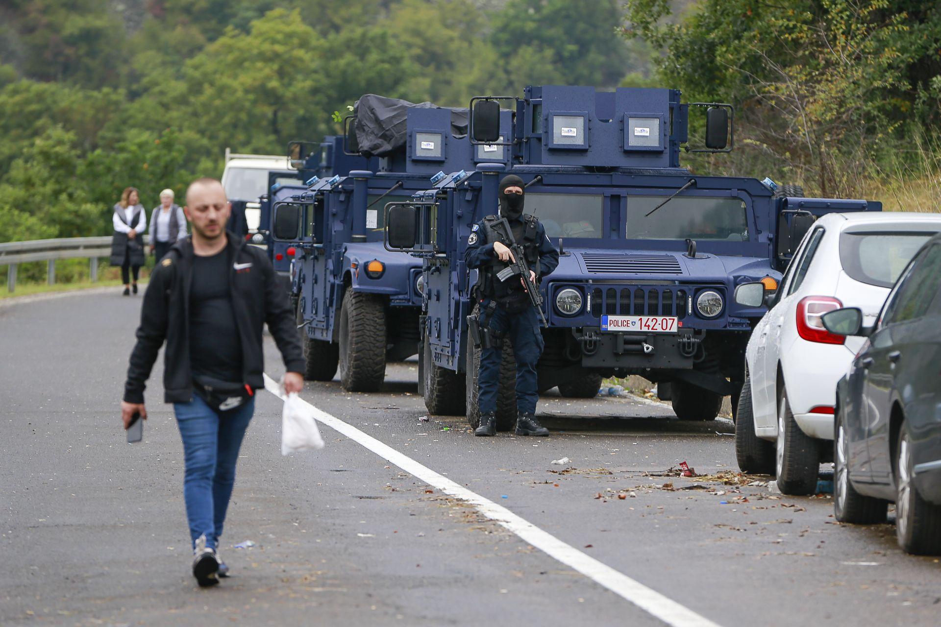 района на граничните пунктове Ярине и Бърняк започна струпването на военна техника