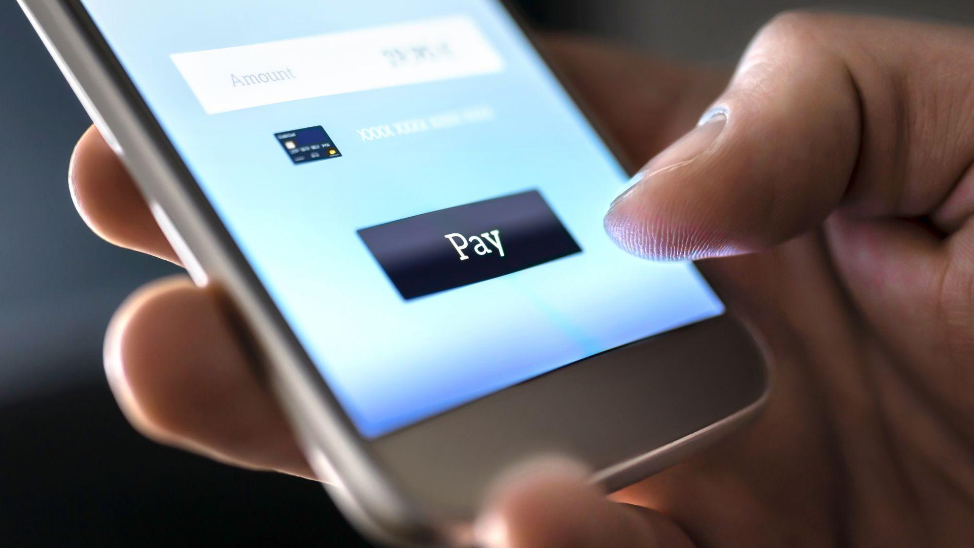 От 2018 година Google пуска системата за разплащания Google Pay