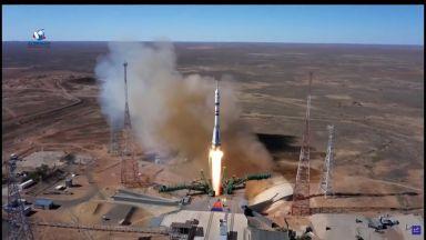 Русия изпрати първите актьори в Космоса (видео)