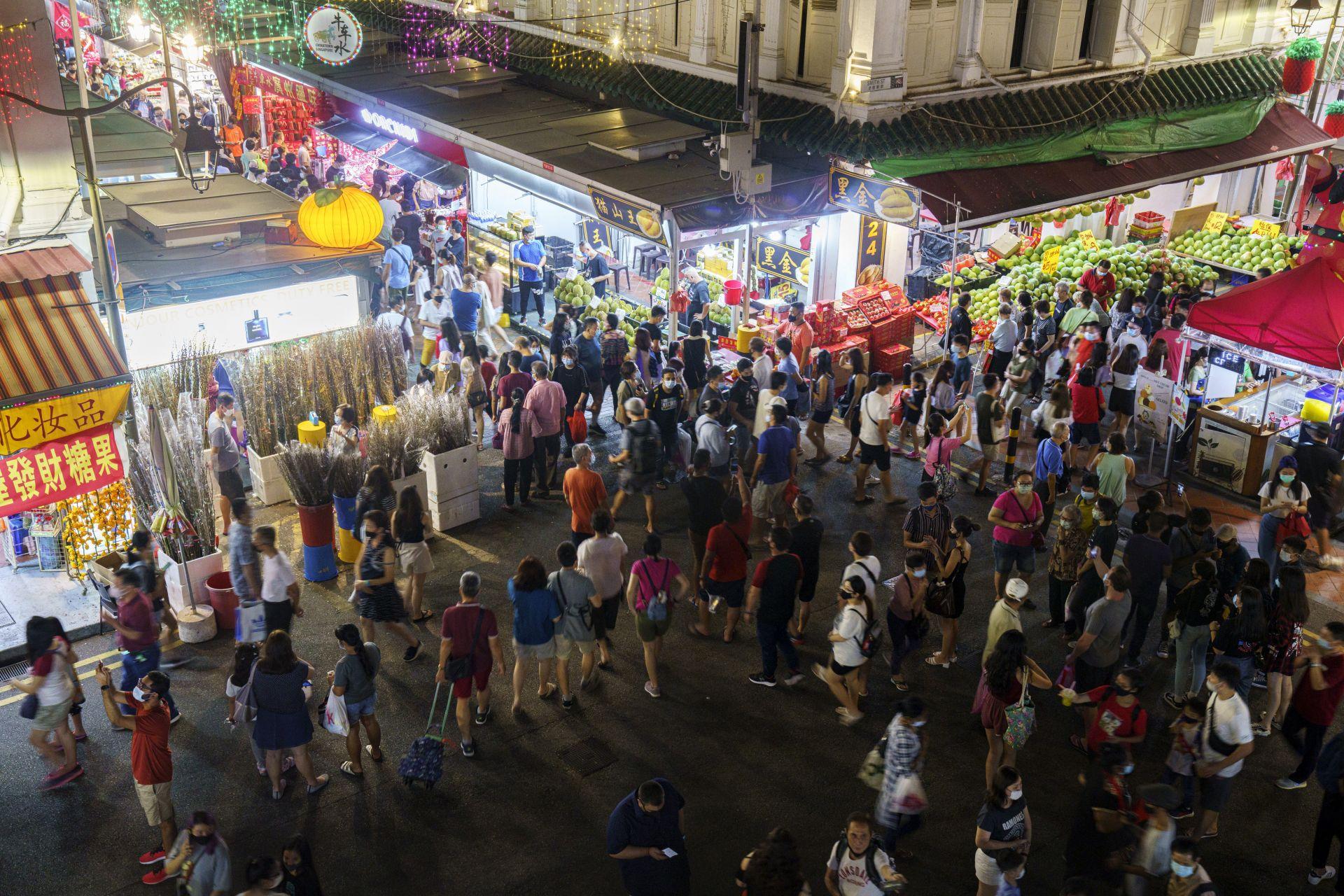 Оживен пазар в Сингапур